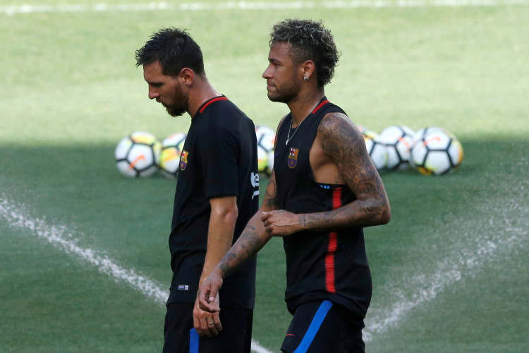 FILE PHOTO: Football Soccer - Barcelona training