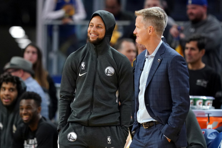 Stephen Curry Set To Rejoin Warriors On March 1