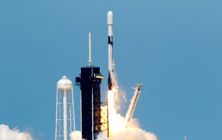 Launch of SpaceX Starlink mission