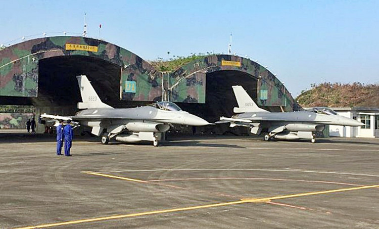 Taiwan F-16 jet fighters