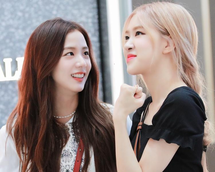 Jisoo and Rosé of BLACKPINK