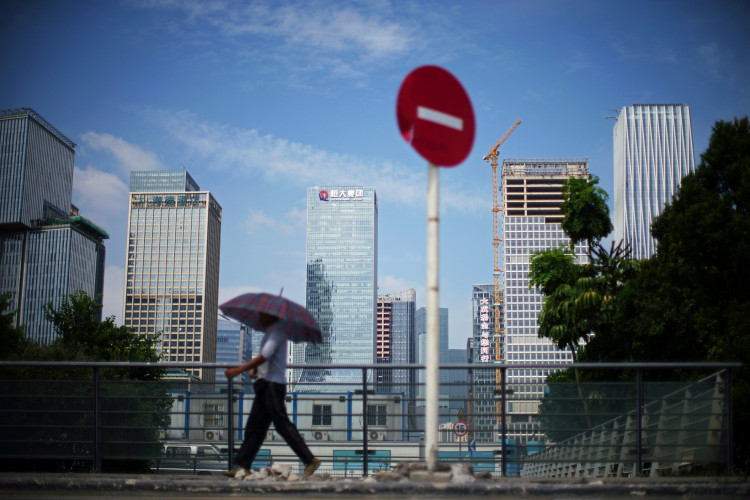 Evergrande creditors fear imminent default as concerns shake sector