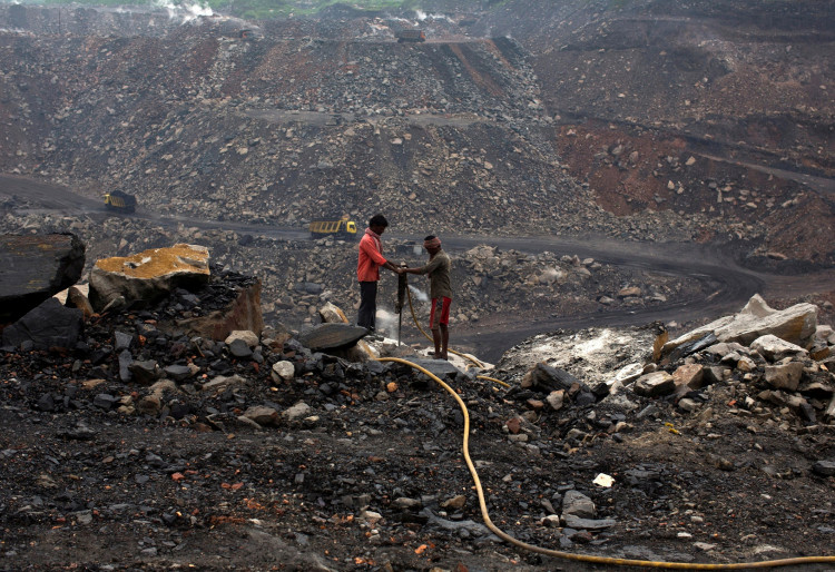 New Delhi chief minister warns of power crisis as coal stocks decline